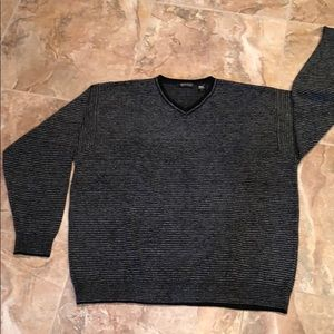 Men's gorgeous velour sweater